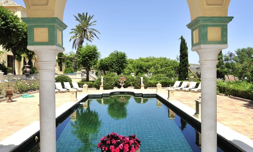Villa - country estate for sale, Marbella - Estepona 917