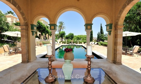 Villa - country estate for sale, Marbella - Estepona 918