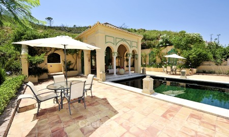 Villa - country estate for sale, Marbella - Estepona 919