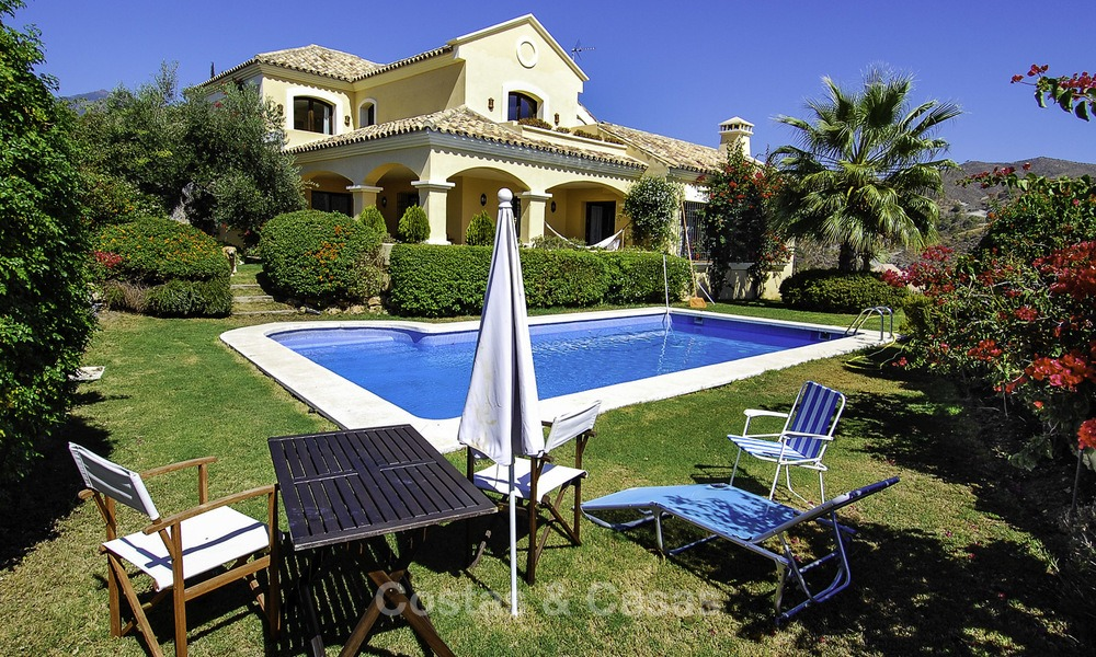 Luxury Villa for sale on golf resort Marbella - Benahavis 14074