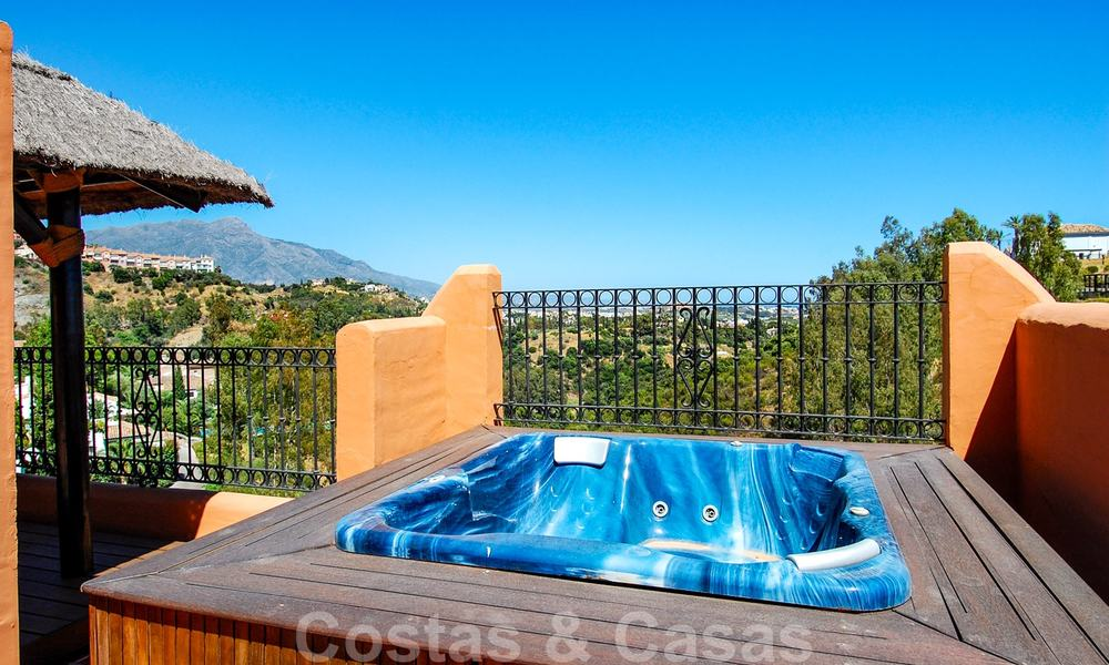 Luxury apartments for sale with sea views, Marbella -Benahavis 19971
