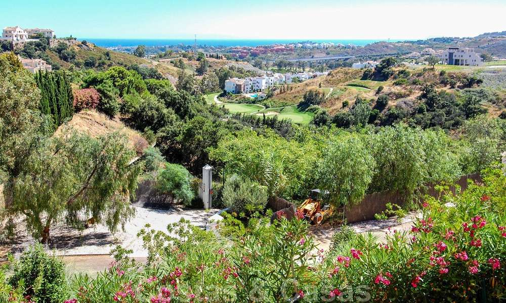 Luxury apartments for sale with sea views, Marbella -Benahavis 19973