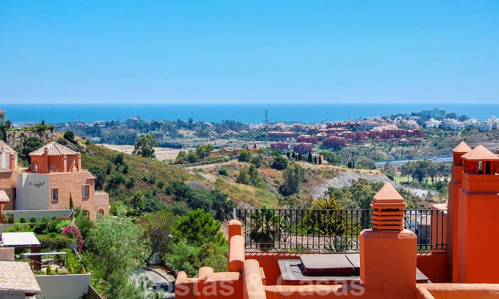 Luxury apartments for sale with sea views, Marbella -Benahavis 19975