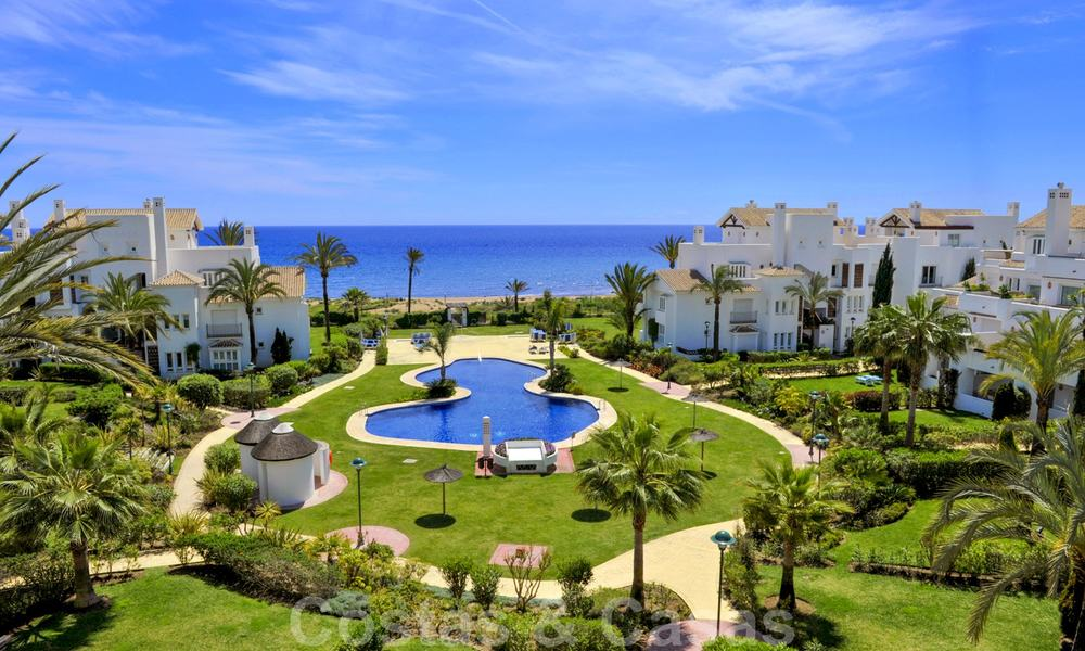Beachfront and first line golf apartments for sale in Los Monteros Palm Beach, Marbella 20449