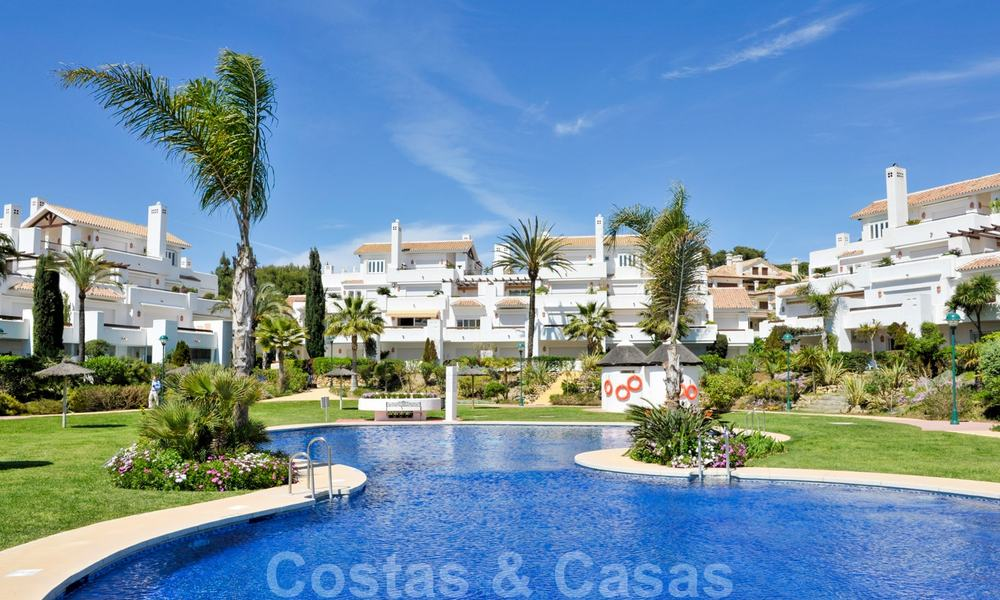 Beachfront and first line golf apartments for sale in Los Monteros Palm Beach, Marbella 20450