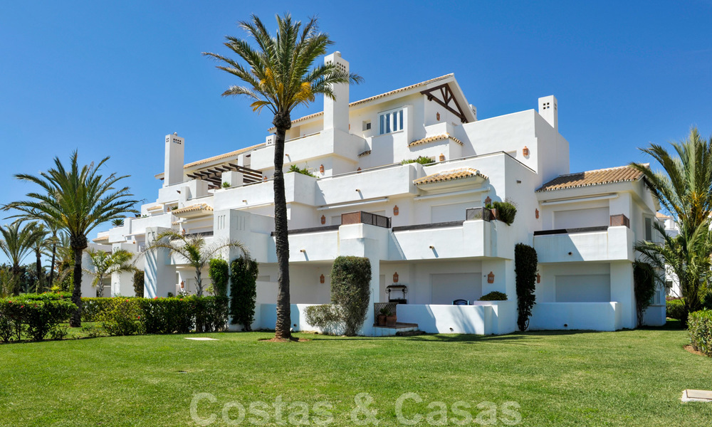 Beachfront and first line golf apartments for sale in Los Monteros Palm Beach, Marbella 20452