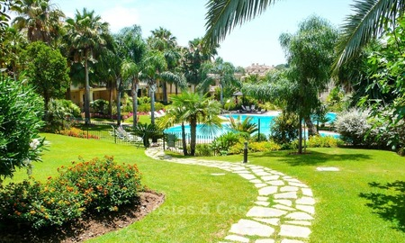 Frontline golf Luxury apartments and penthouses for sale in Nueva-Andalucia, Marbella 2307