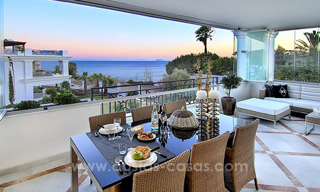 Frontline beach luxury 3 bedroom apartment for sale, Estepona, Costa del Sol with open sea view 9810