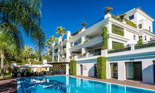 Frontline beach luxury 3 bedroom apartment for sale, Estepona, Costa del Sol with open sea view 9794