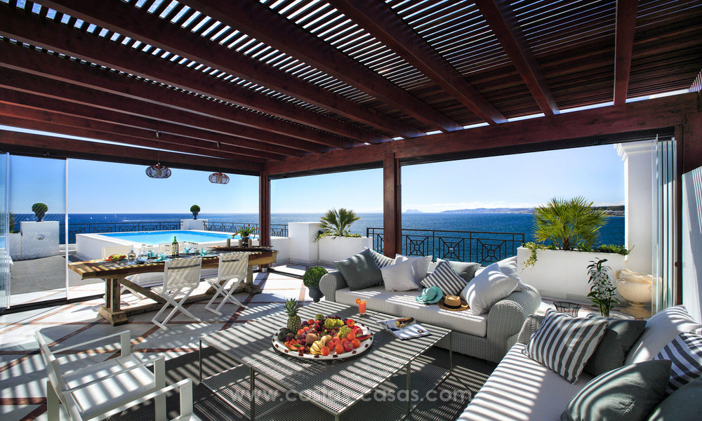 Frontline beach luxury penthouse to buy, Estepona, Costa del Sol, first line beach with open sea view and private pool 9832