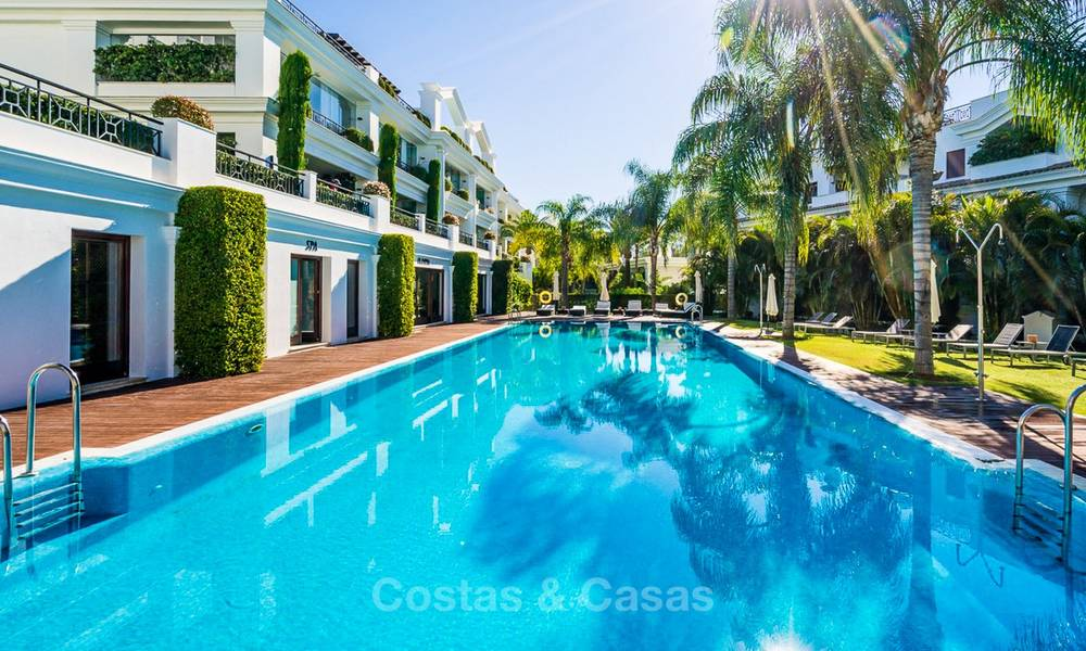 Frontline beach luxury penthouse to buy, Estepona, Costa del Sol, first line beach with open sea view and private pool 9849
