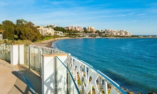 Frontline beach luxury penthouse to buy, Estepona, Costa del Sol, first line beach with open sea view and private pool 7993