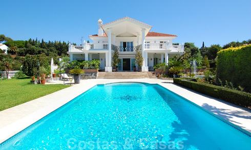 Colonial styled luxury villa to buy in Marbella East. 22581