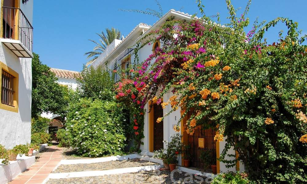 Townhouses for sale in an pueblo style Andalucian villages in Marbella 28250