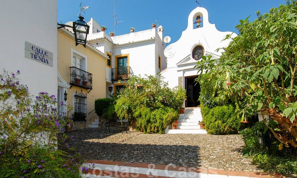 Townhouses for sale in an pueblo style Andalucian villages in Marbella 28257
