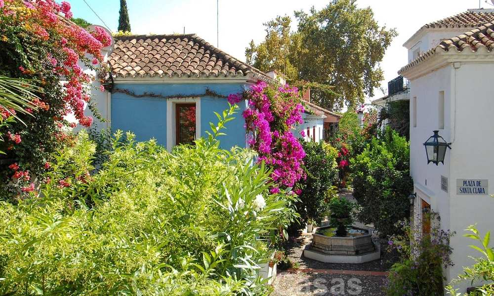 Townhouses for sale in an pueblo style Andalucian villages in Marbella 28259