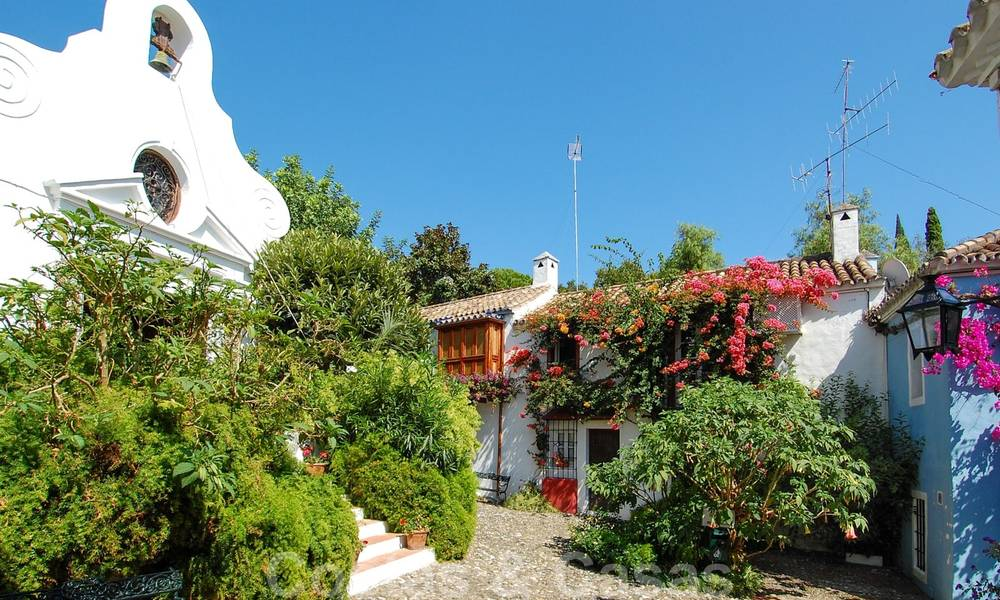 Townhouses for sale in an pueblo style Andalucian villages in Marbella 28260