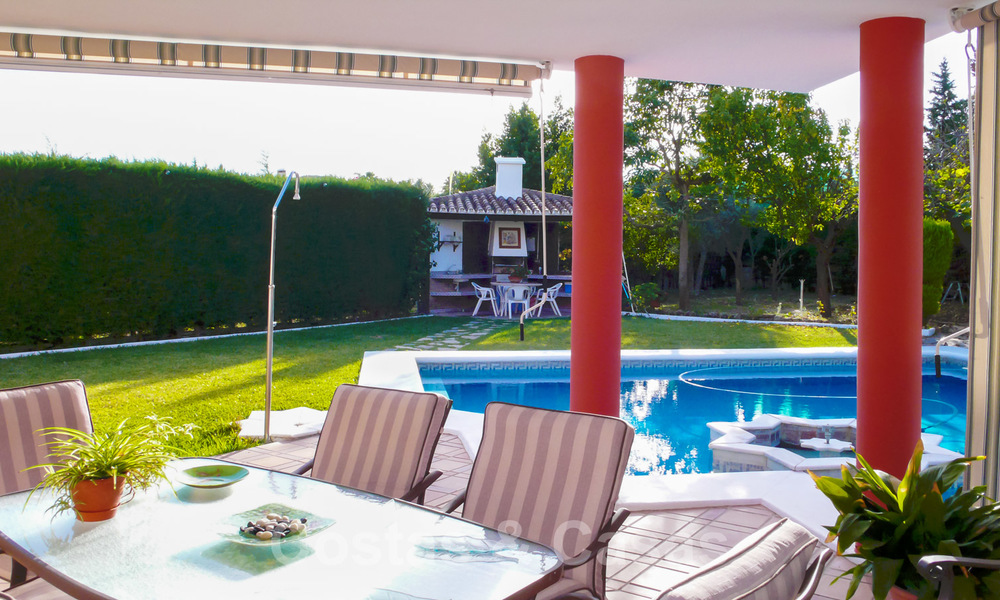 One of a kind villa for sale in a well-known area on the New Golden Mile in Estepona - Marbella 22745