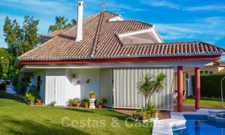 One of a kind villa for sale in a well-known area on the New Golden Mile in Estepona - Marbella 22749