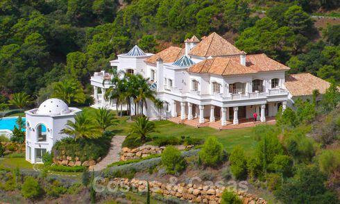 Grand palatial villa for sale in La Zagaleta resort, Marbella - Benahavis 31052