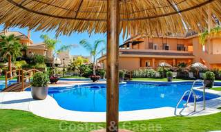 Spacious luxury apartments and penthouses for sale in a sought after complex in Nueva Andalucia, Marbella 20790