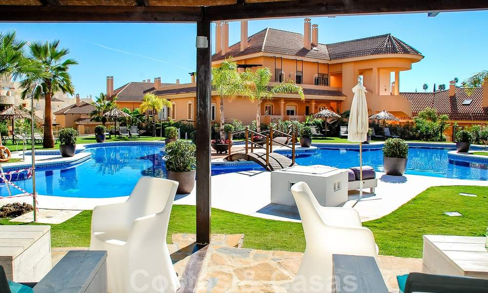 Spacious luxury apartments and penthouses for sale in a sought after complex in Nueva Andalucia, Marbella 20791
