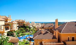 Spacious luxury apartments and penthouses for sale in a sought after complex in Nueva Andalucia, Marbella 20800