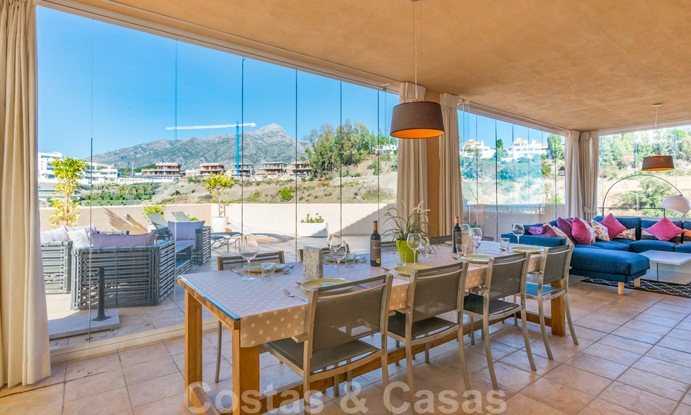 Spacious luxury apartments and penthouses for sale in a sought after complex in Nueva Andalucia, Marbella 20822