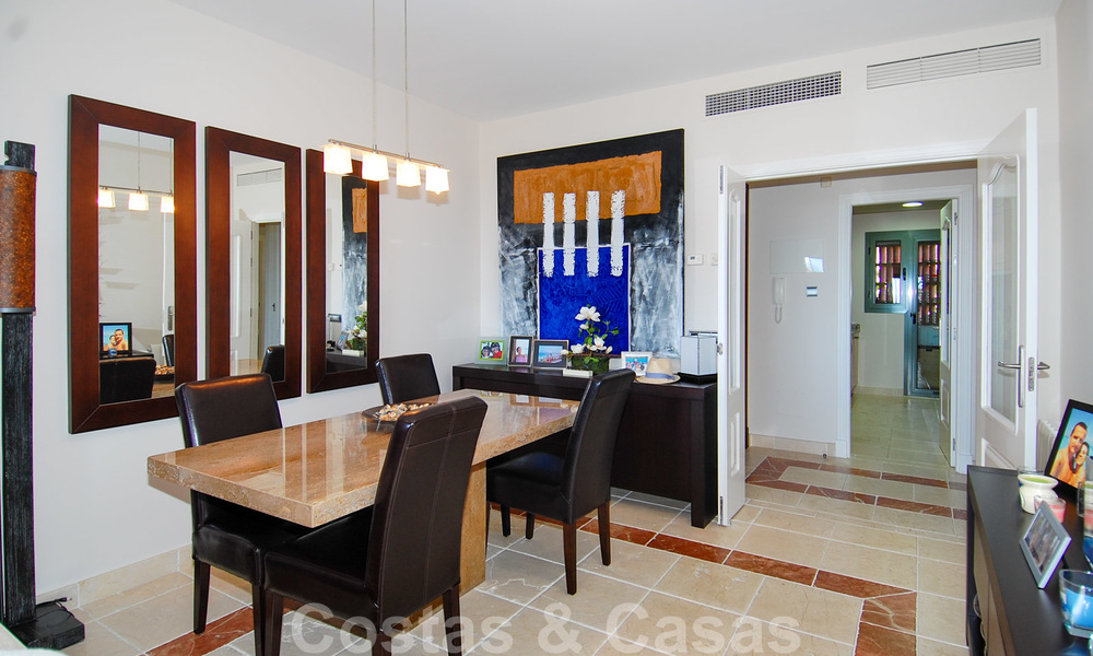 Luxury golf apartment for sale, golf resort, Marbella - Benahavis - Estepona 23505