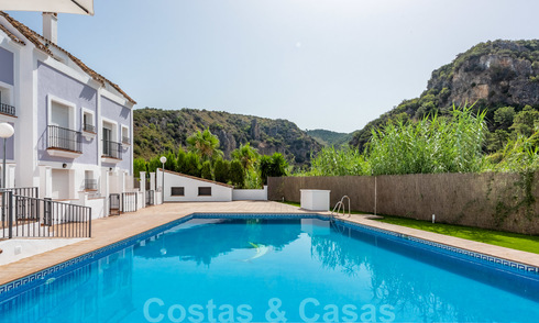 Townhouses to buy in Benahavis Village 20479