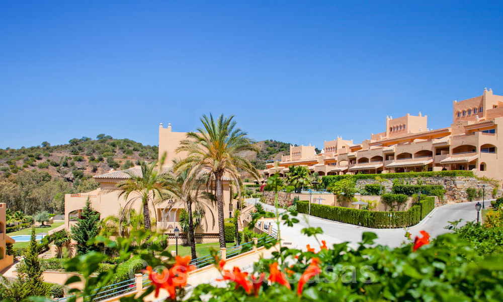 Apartments for sale with sea views and spacious terraces in Elviria, Marbella east 20260