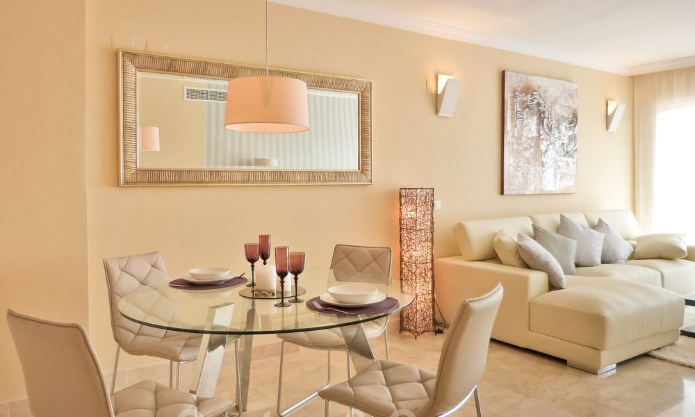 Apartments for sale with sea views and spacious terraces in Elviria, Marbella east 20274