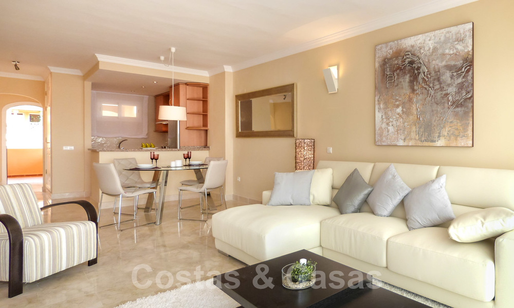 Apartments for sale with sea views and spacious terraces in Elviria, Marbella east 20275