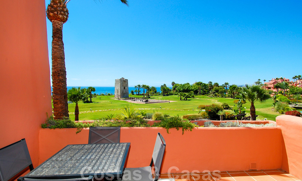 Luxury first line beach penthouse apartment for sale on the New Golden Mile, between Puerto Banus and Estepona centre 23206