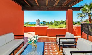 Luxury first line beach penthouse apartment for sale on the New Golden Mile, between Puerto Banus and Estepona centre 23208