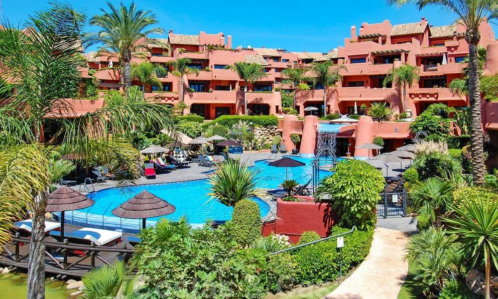 Luxury first line beach penthouse apartment for sale on the New Golden Mile, between Puerto Banus and Estepona centre 23214