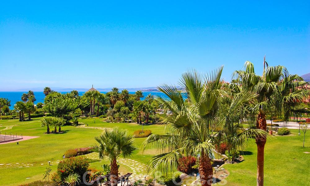 Luxury first line beach penthouse apartment for sale on the New Golden Mile, between Puerto Banus and Estepona centre 23223