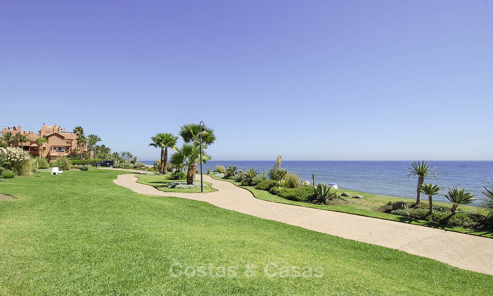 Luxury first line beach penthouse apartment for sale on the New Golden Mile, between Puerto Banus and Estepona centre 23233