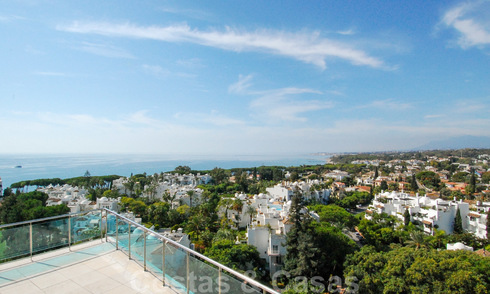 Unique luxury contemporary penthouse apartment for sale in Marbella on the Golden Mile near central Marbella 22404