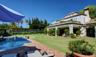 Luxury villa for sale on the Golden Mile in Marbella 5585