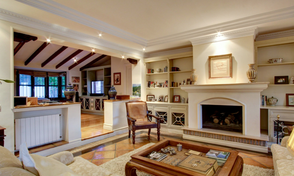 Luxury villa for sale on the Golden Mile in Marbella 5594