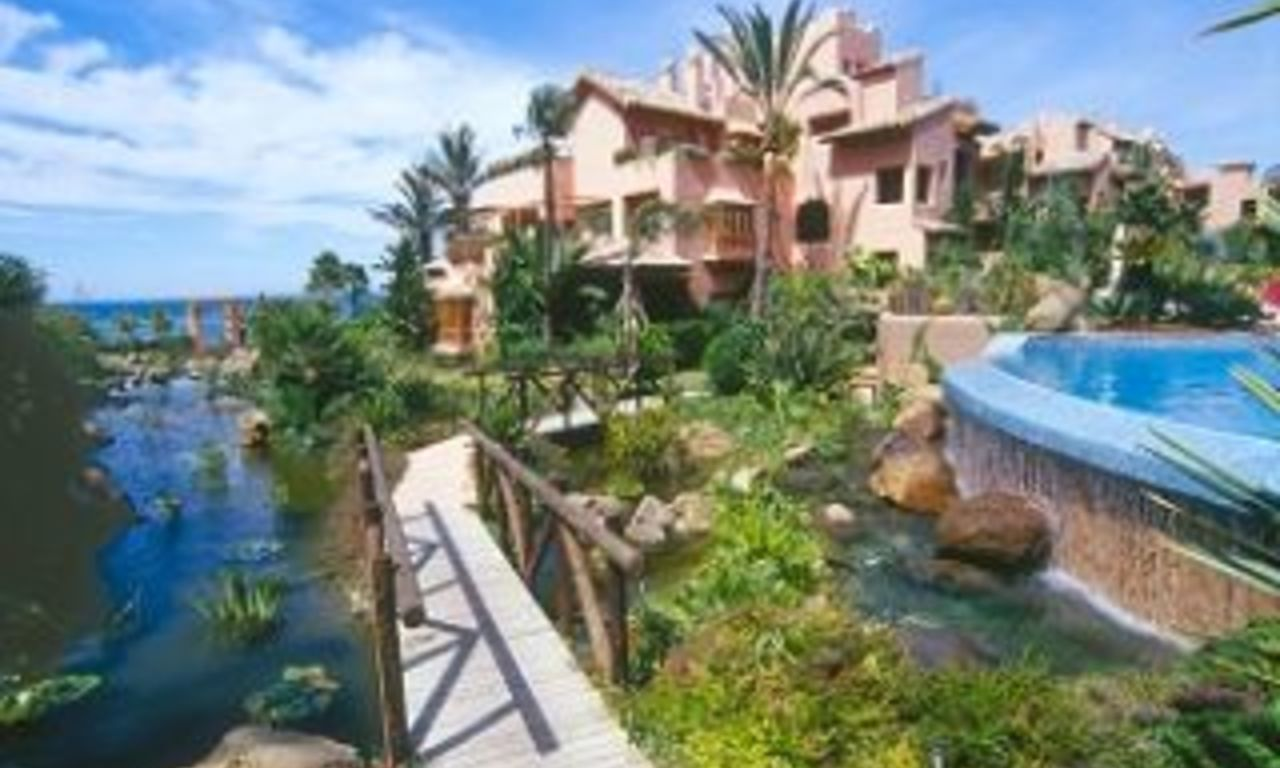 Beachfront apartments - penthouses for sale, first line beach, Marbella - Estepona 0