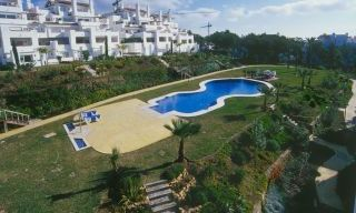 Beachfront and first line golf apartments for sale in Marbella, Los Monteros Playa 7