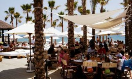 Beachside luxury apartments for sale, Marbella East 3