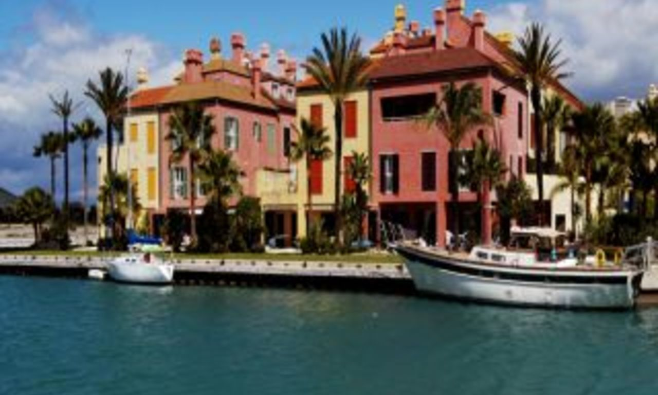 Apartment penthouse for sale, Marina of Sotogrande 3