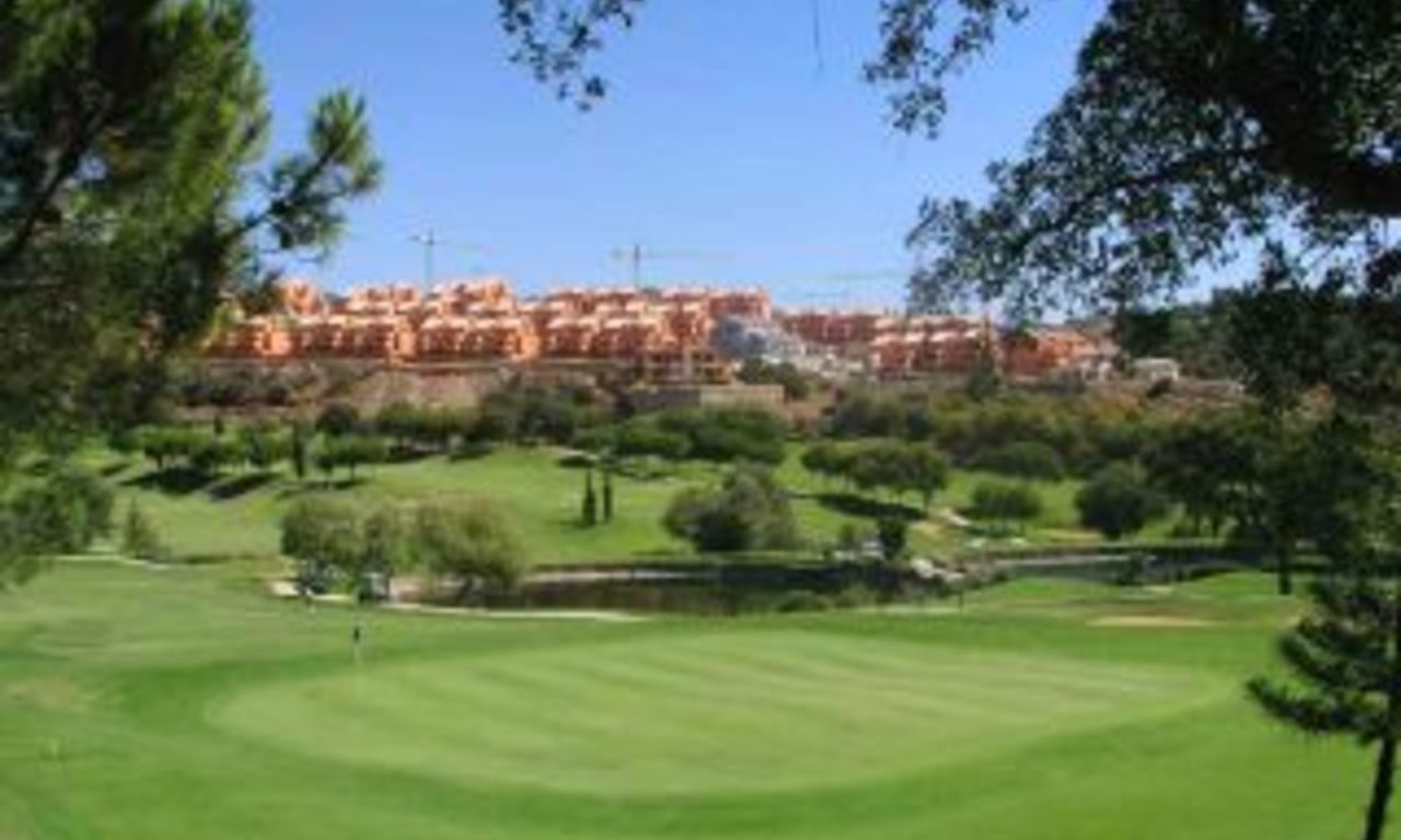 Frontline golf apartment for sale , Marbella, Costa del Sol 1