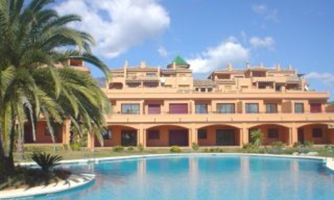Apartment for sale, beachfront complex in Estepona - Costa del Sol 0