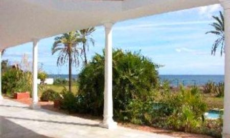 First line beach villa for sale - Estepona - Costa del Sol 2