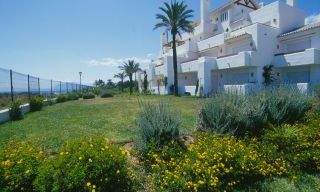 Beachfront and first line golf apartments for sale in Marbella, Los Monteros Playa 5