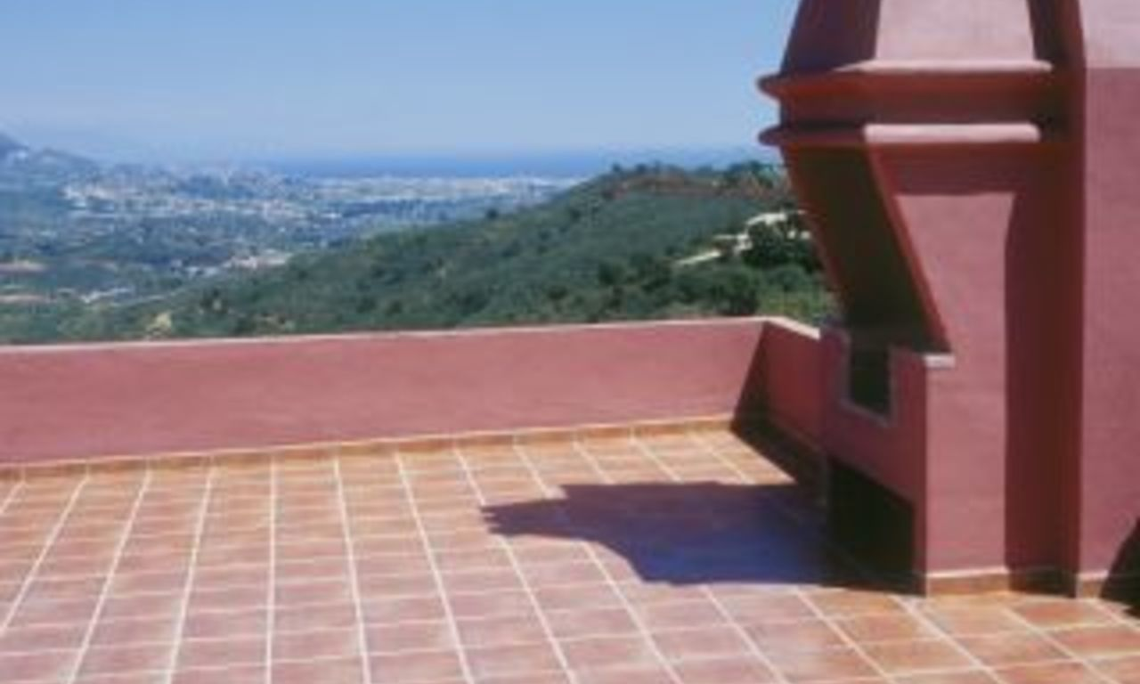 Apartment, penthouse for sale spectacular views - Marbella - Costa del Sol 3